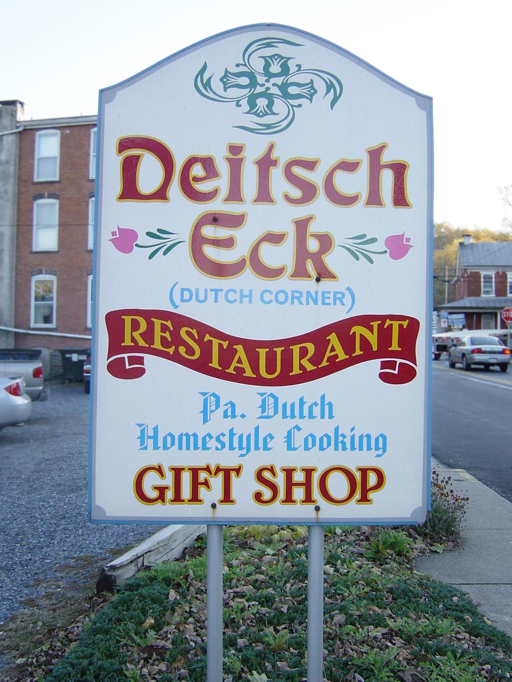 Deitsch Eck - Schild eines Restaurants in Pennsylvania.